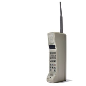 Motorola old mobile phone - the history of design by UXPin